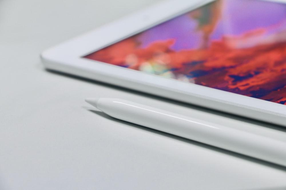 tableta blanca